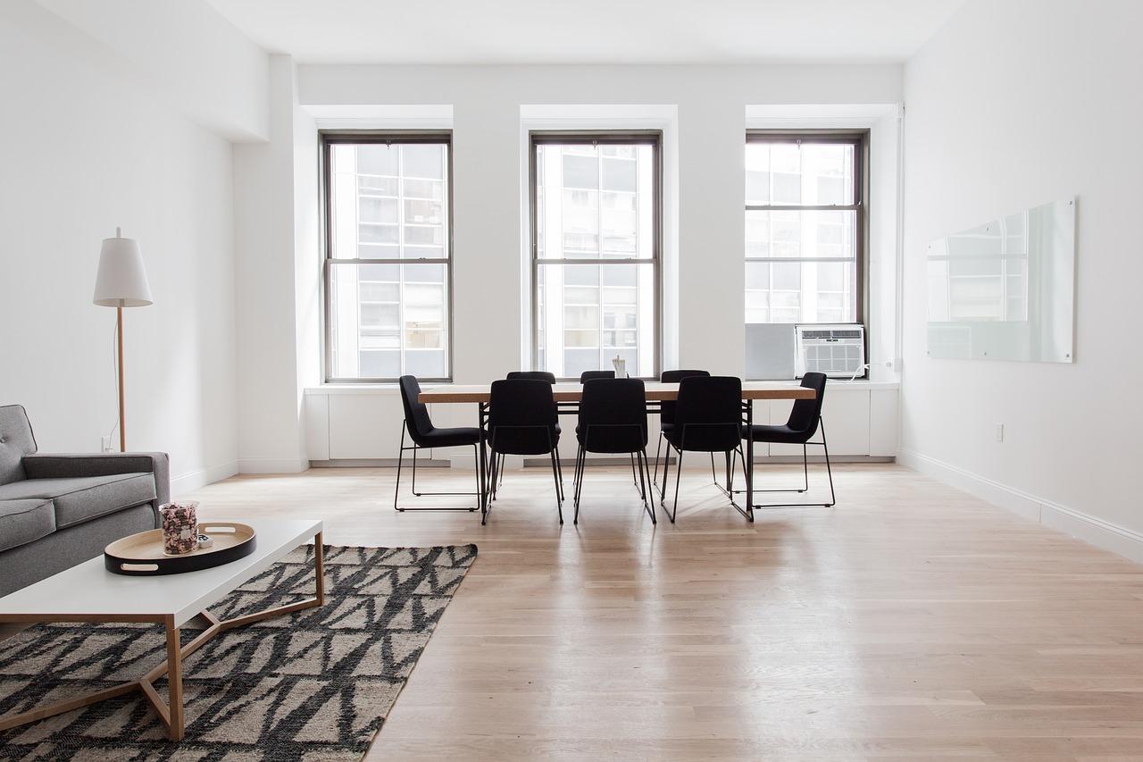 Czy warto korzystać z pomocy projektantów w urządzaniu mieszkań?